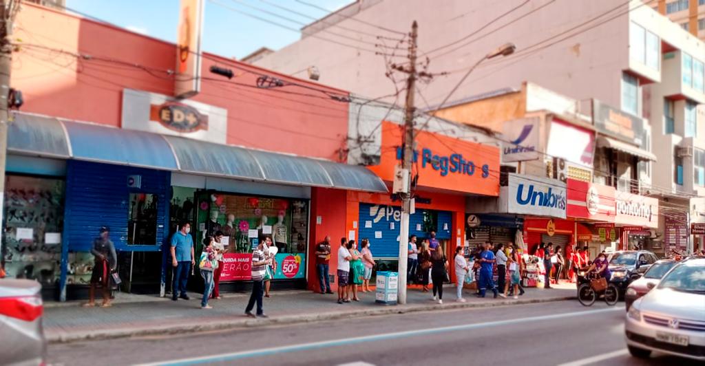 Foto -  CDL Barra Mansa otimista com ampliação do horário do comércio
