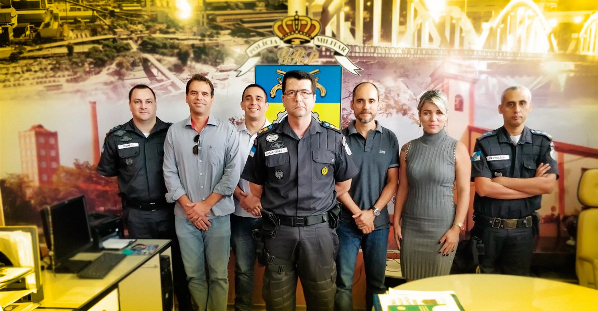 Foto - CDL e entidades se reúnem com o comando do 28º Batalhão da PM.